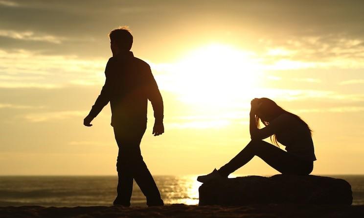superare-un-abbandono-cosa-fare-quando-un-amore-finisce-744x445